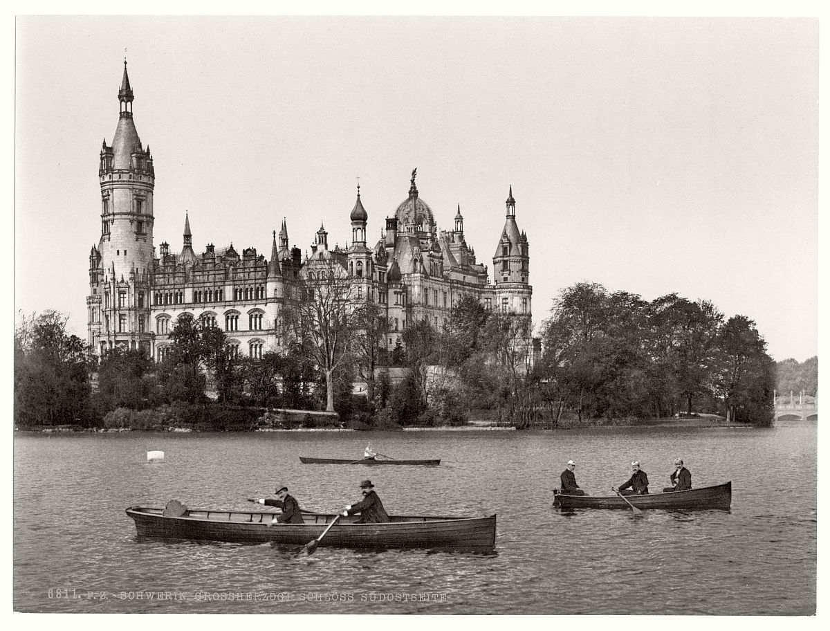 historic-bw-photo-german-Schwerin-Mecklenburg-Schwerin-castle-11
