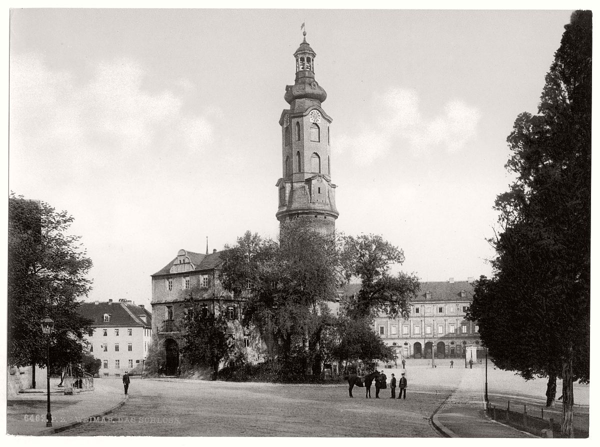historic-bw-photo-german-Weimar-Thuringi-castle-16