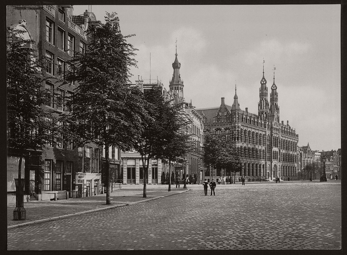 historic-bw-photos-of-amsterdam-holland-in-the-19th-century-03