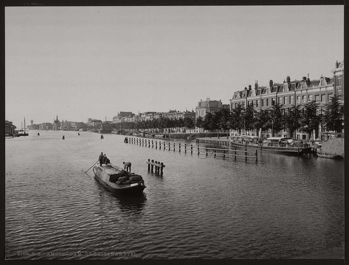 historic-bw-photos-of-amsterdam-holland-in-the-19th-century-09