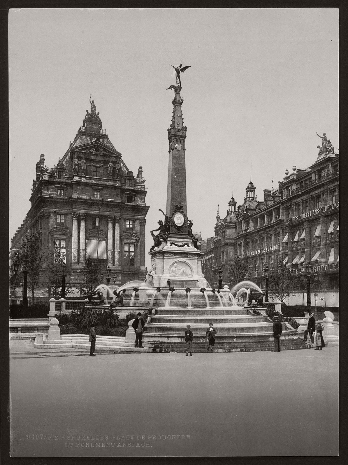 historic-bw-photos-of-brussels-belgium-in-the-19th-century-09