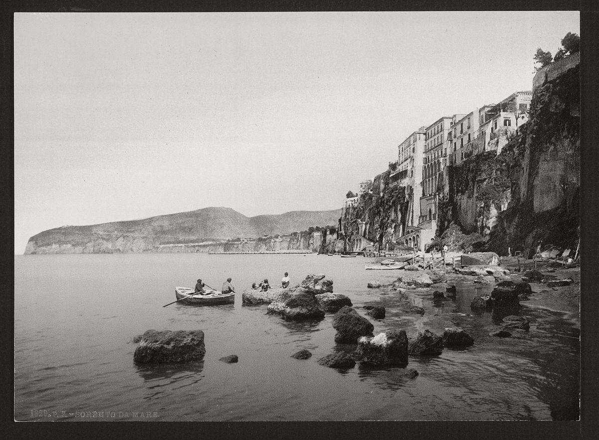 historic-bw-photos-of-naples-italy-in-19th-century-05