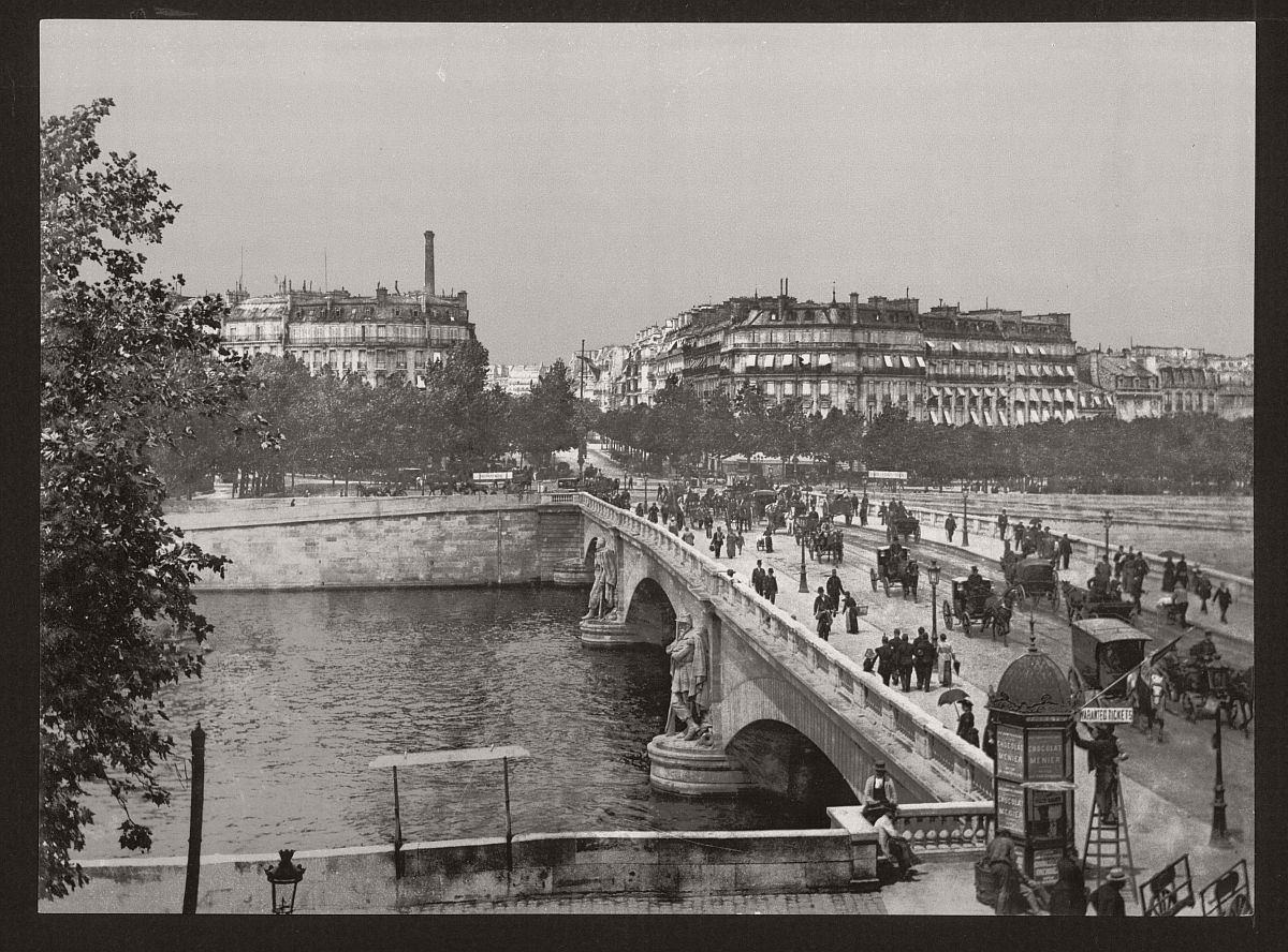 historic-bw-photos-of-paris-france-late-19th-century-17