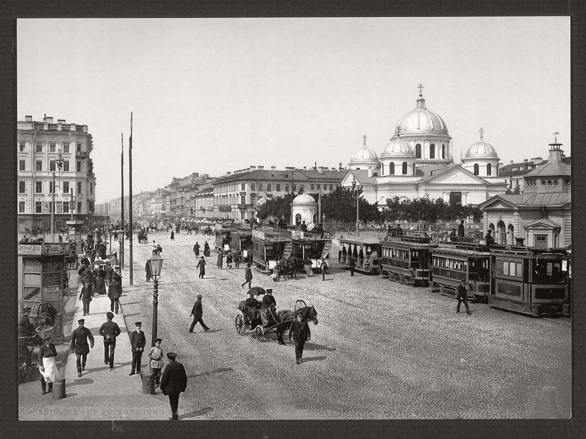 historic-bw-photos-of-st-petersburg-russia-in-the-19th-century-07