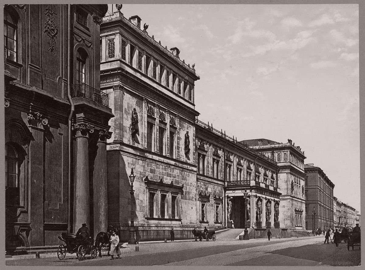 historic-bw-photos-of-st-petersburg-russia-in-the-19th-century-15