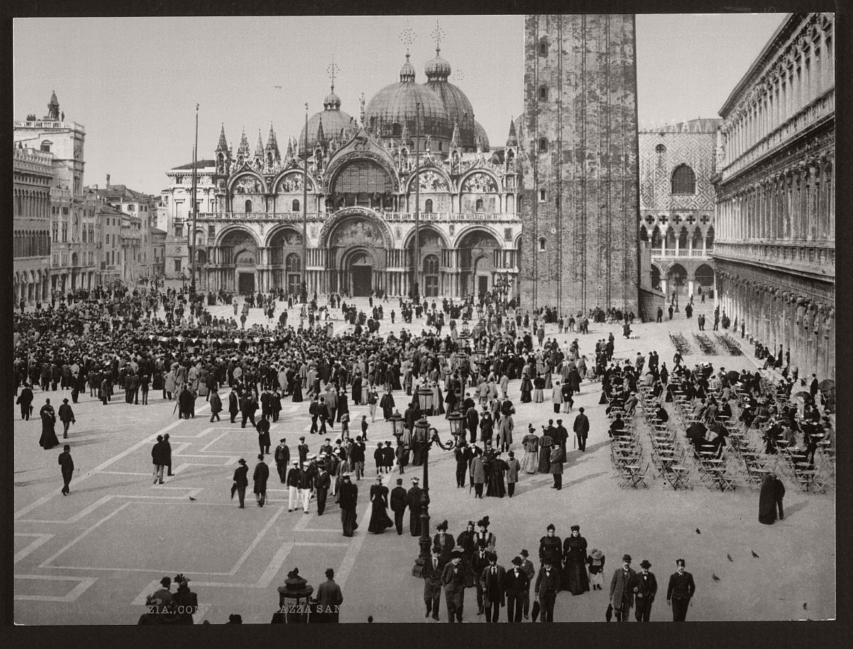 historic-bw-photos-of-venice-italy-in-19th-century-04