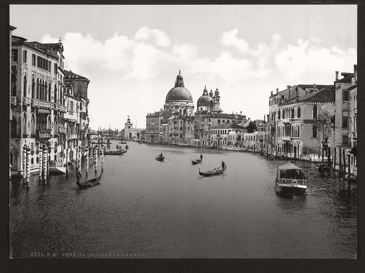 historic-bw-photos-of-venice-italy-in-19th-century-07