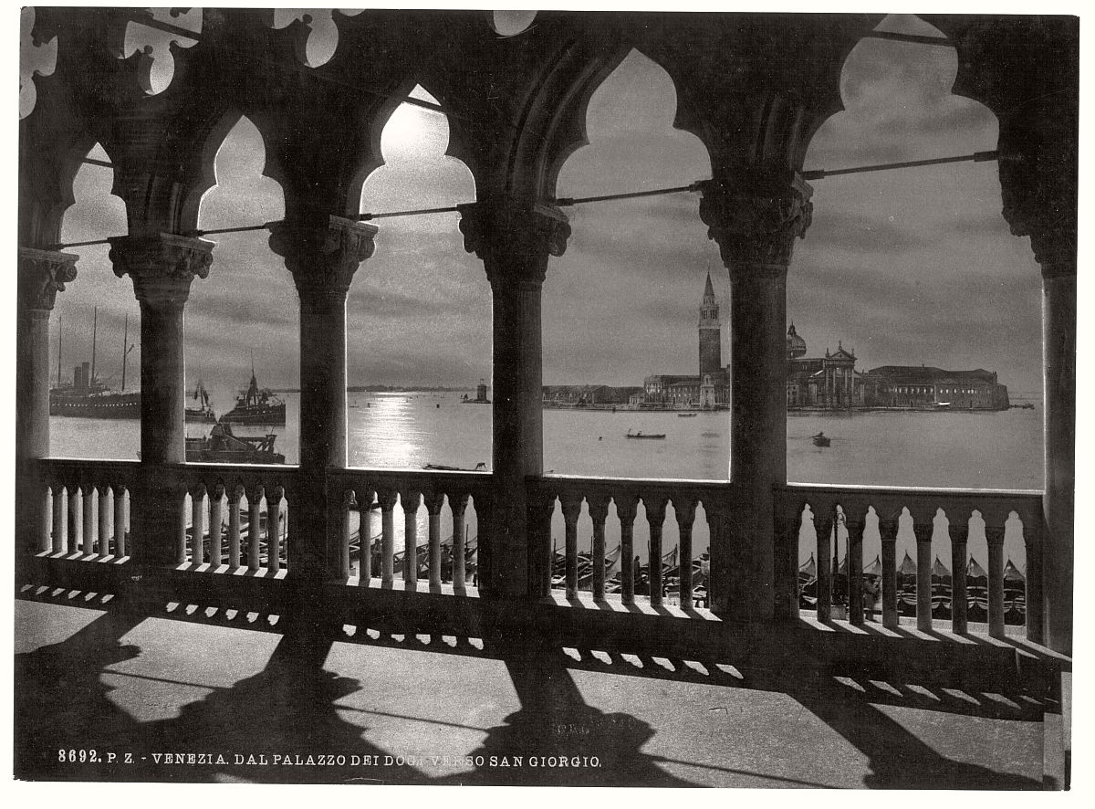 historic-bw-photos-of-venice-italy-in-19th-century-16