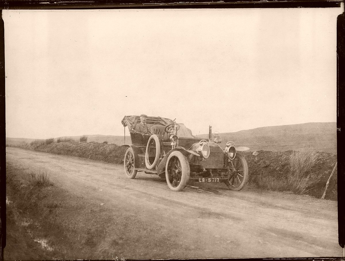 historic-edwardian-era-glass-plate-photos-of-automobiles-1900s-05