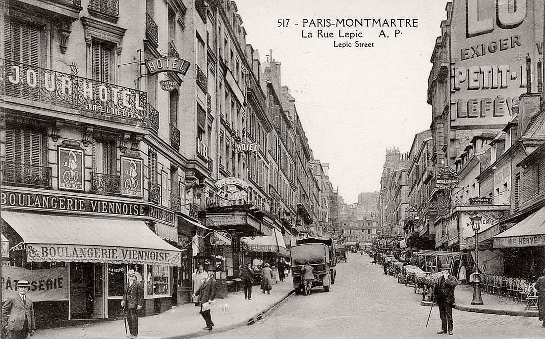 historic-photo-ancient-road-rue-lepic-paris-early-20th-century-vintage-bw-1900s-08