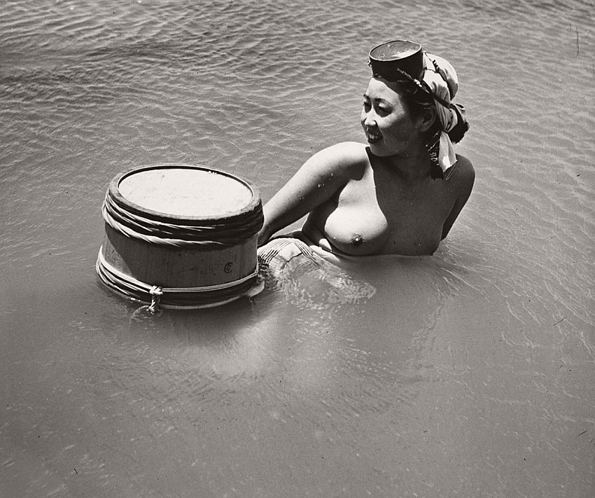 nude-photographer-iwase-yoshiyuki-11