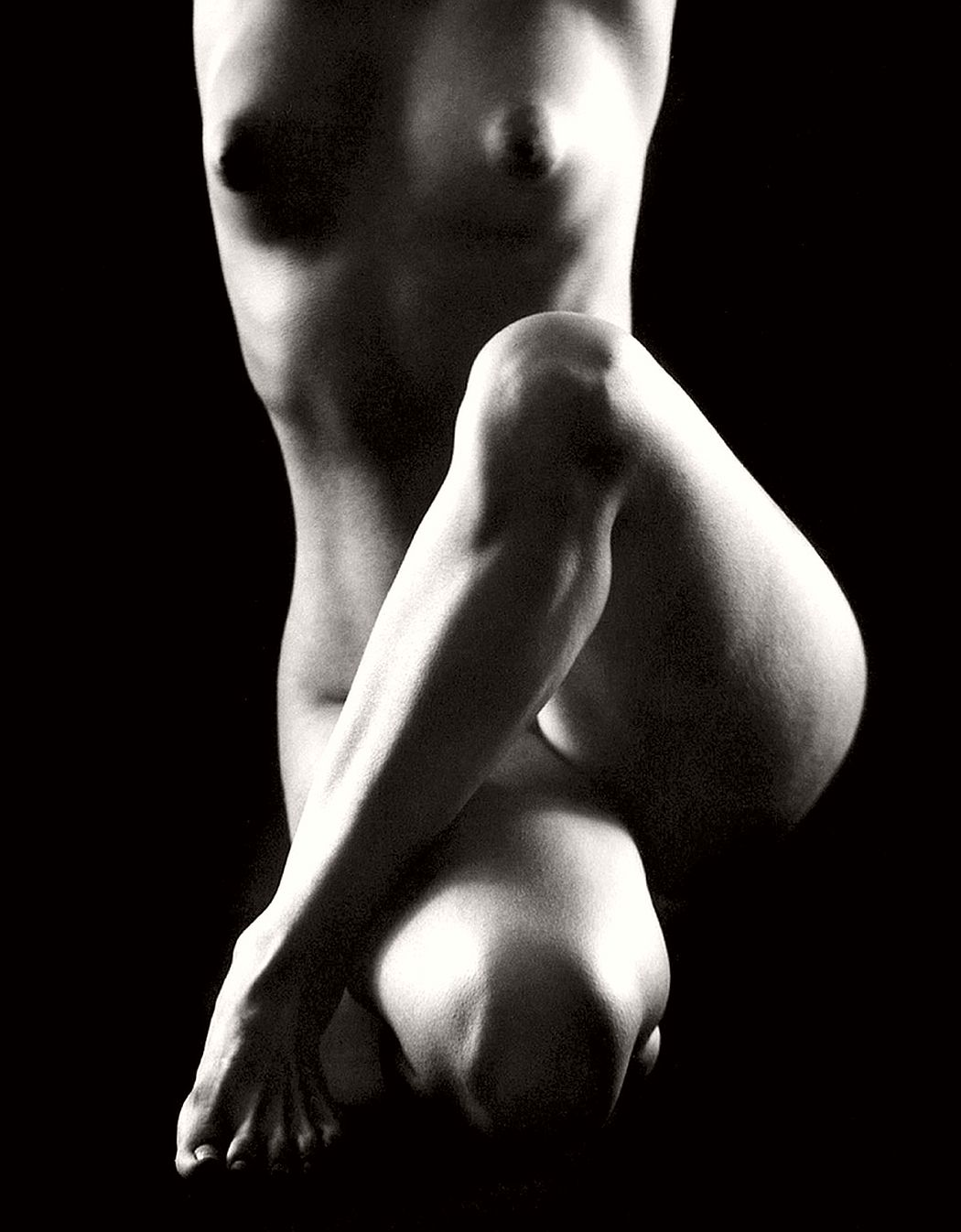 nude-photographer-ruth-bernhard-04