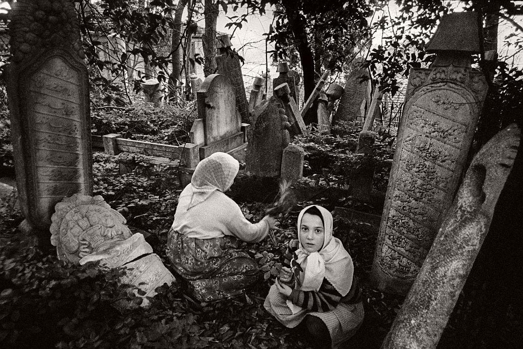 Photojournalist Ara Guler