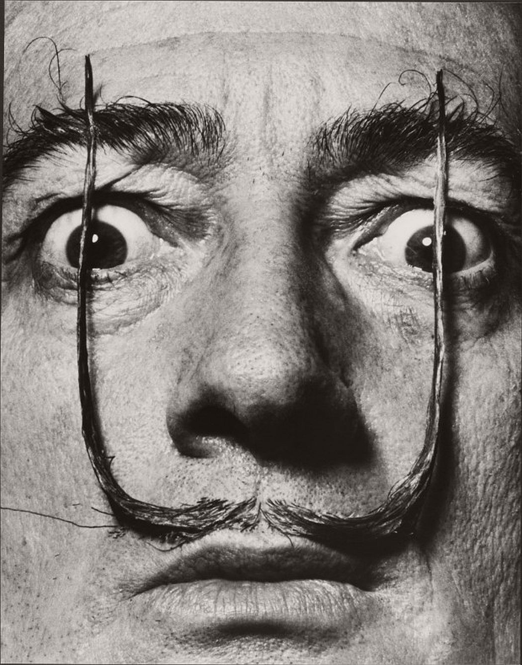 portrait-photographer-philippe-halsman-11