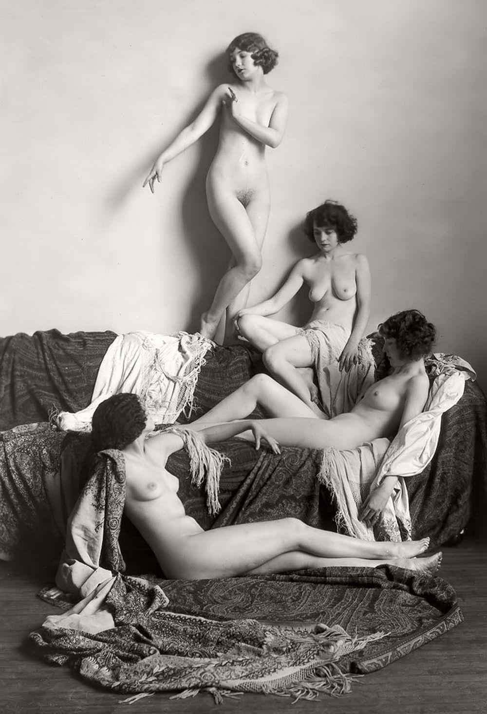 retro-vintage-nudes-erotica-1920s-04