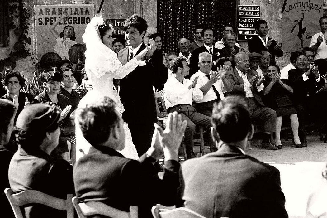 the-godfather-1972-behind-the-scenes-francis-ford-coppola-marlon-brando-al-pacino-05
