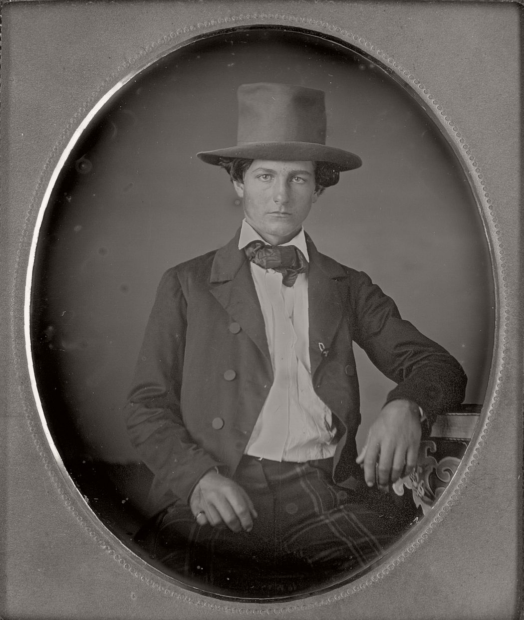 victorian-era-daguerreotype-of-men-in-hat-1850s-xix-century-21