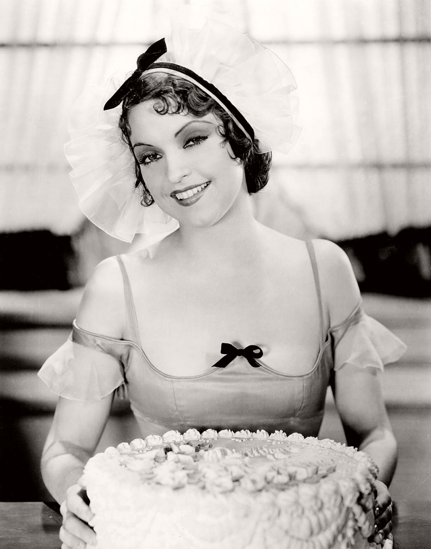 vintage-black-white-portrait-hollywood-movie-actress-1930s-Amo-Ingraham
