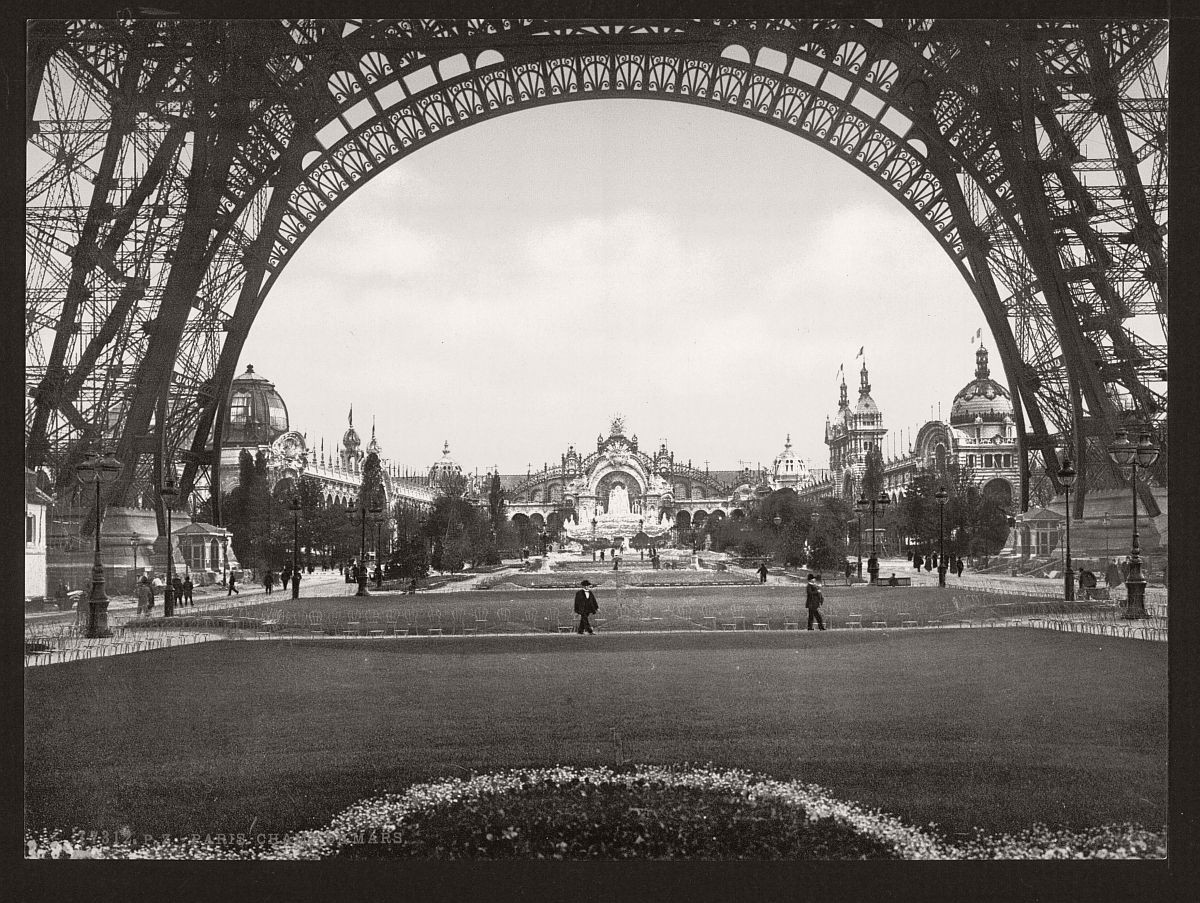 vintage-bw-photos-of-paris-france-late-19th-century-19