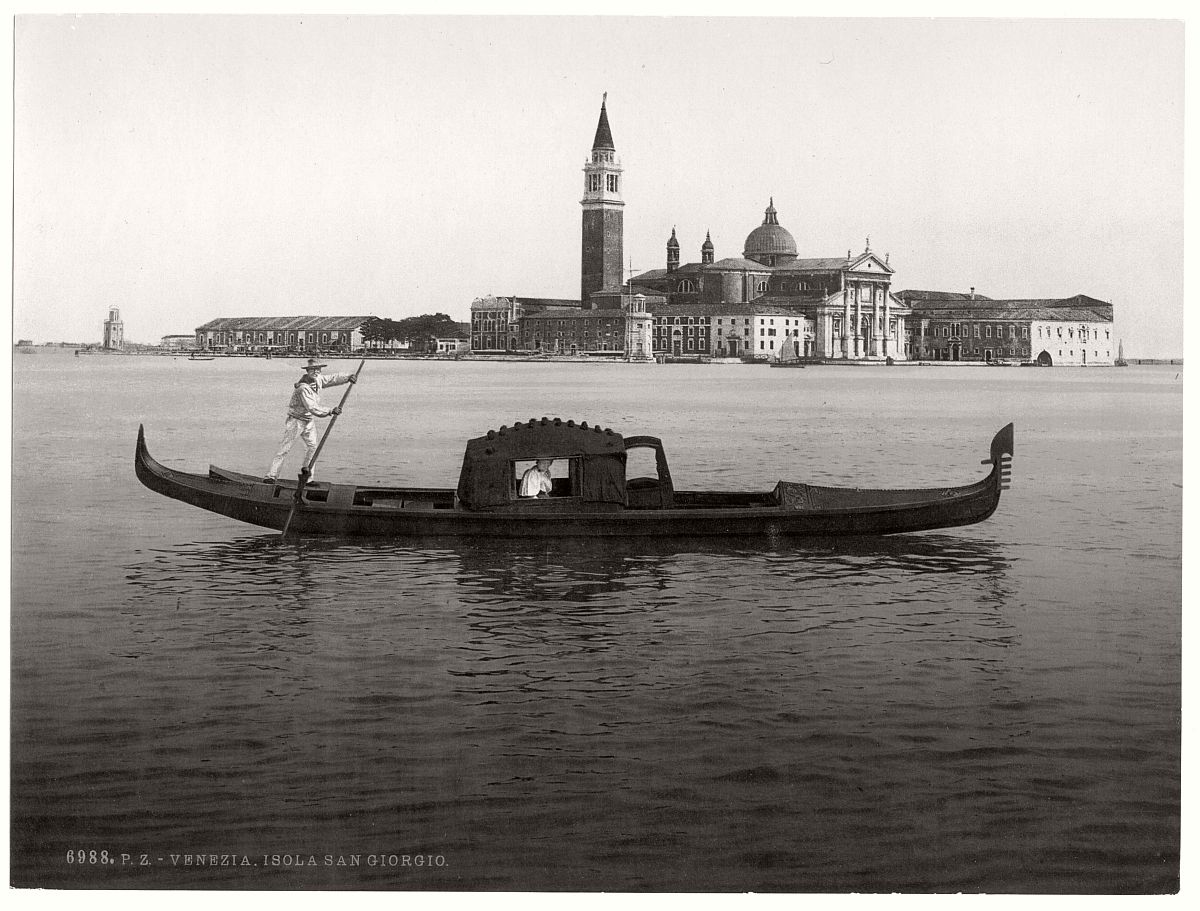vintage-bw-photos-of-venice-italy-in-19th-century-06