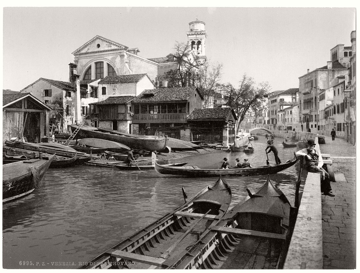 vintage-bw-photos-of-venice-italy-in-19th-century-08