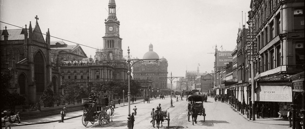 Vintage Glass Plate images of Streets from Sydney City (1900s)
