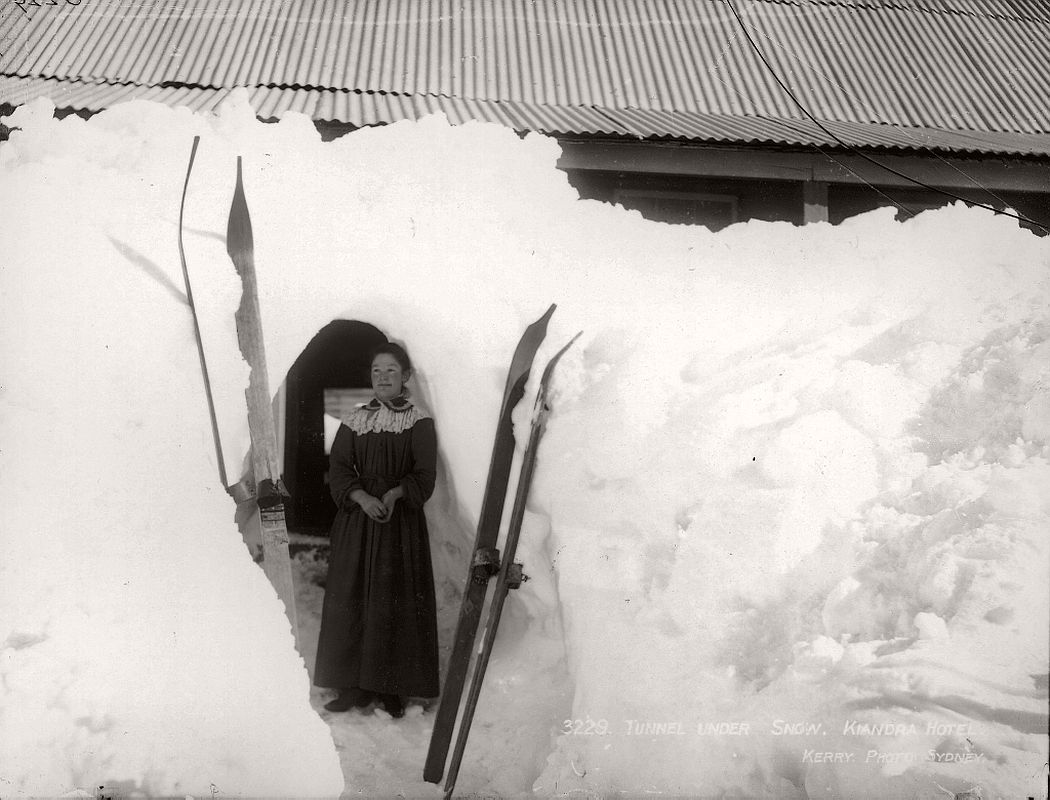 vintage-glass-plate-negatives-of-snow-in-australia-1900s-07