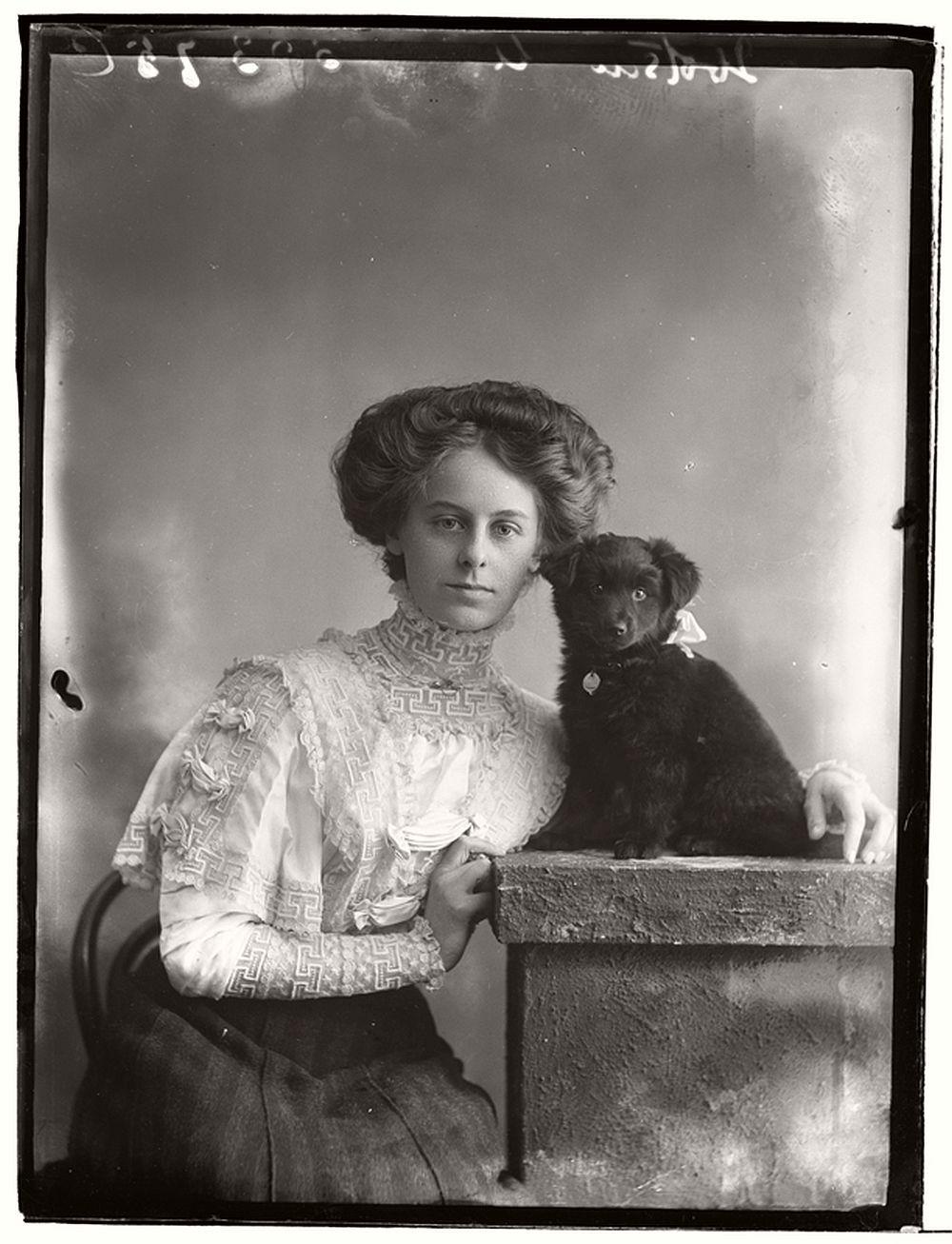 vintage-glass-wet-plate-collodion-portraits-of-pets-1910s-09