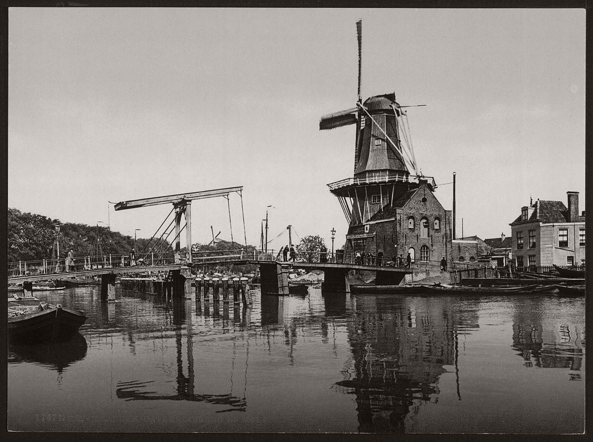 vintage-historic-bw-photos-of-dutch-windmills-in-19th-century-02