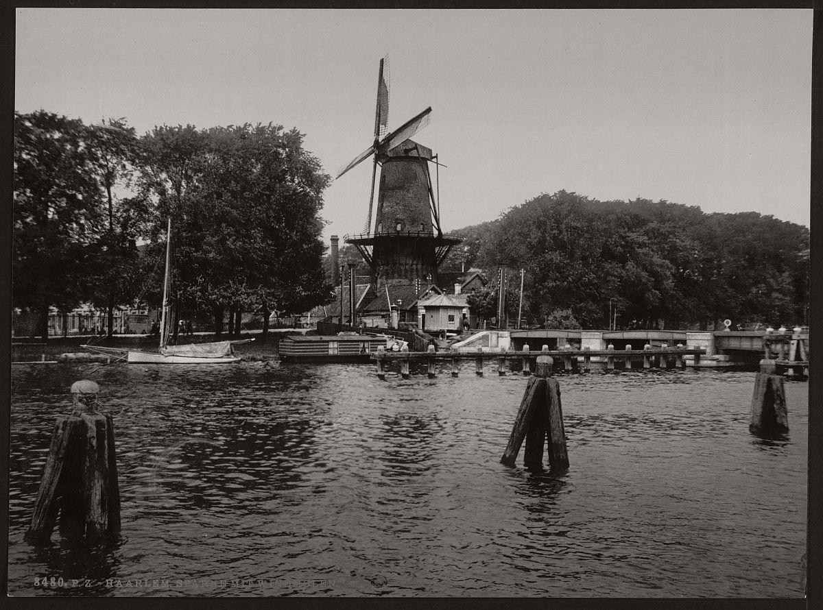 vintage-historic-bw-photos-of-dutch-windmills-in-19th-century-03