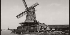 Vintage: Historic B&W photos of Dutch Windmills in 19th Century