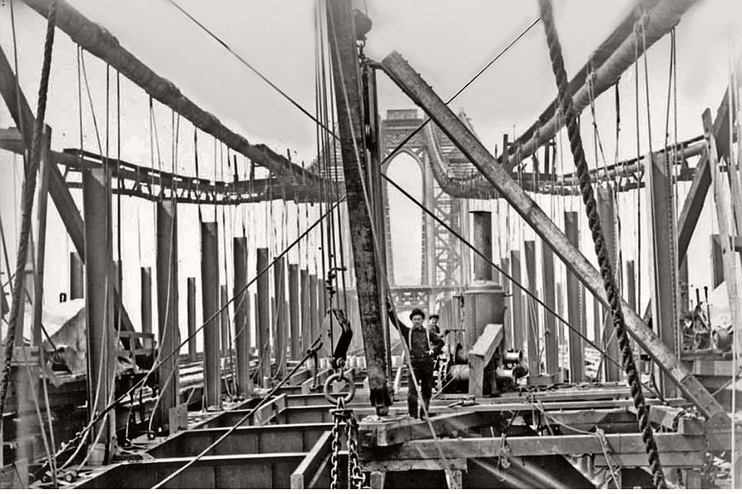 vintage-manhattan-bridge-under-construction-new-york-1906-07