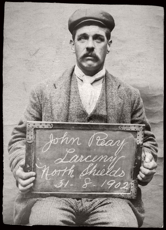 vintage-mug-shot-of-criminals-from-north-shields-1902-1905-09