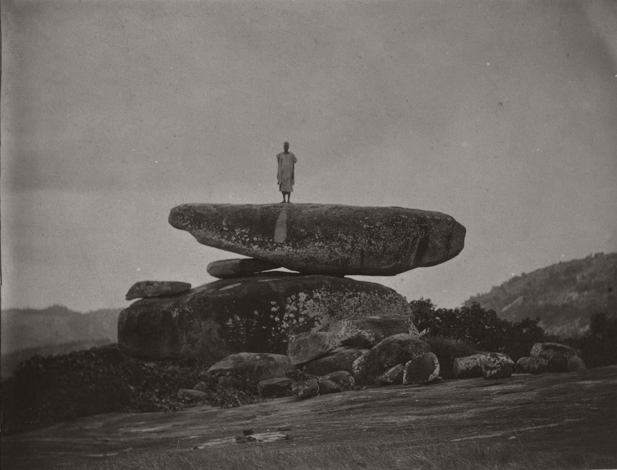 vintage-photo-west-africa-village-people-1910-1913-lagos-nigeria-12