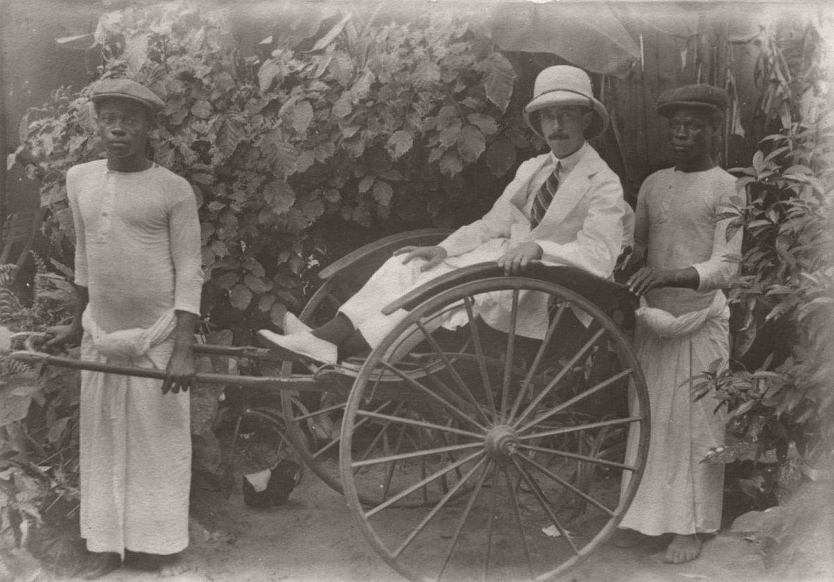 vintage-photo-west-africa-village-people-1910-1913-lagos-nigeria-25