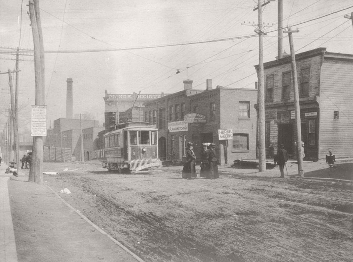 vintage-photos-of-st-anne-de-beaupre-in-quebec-and-ottawa-1906-07