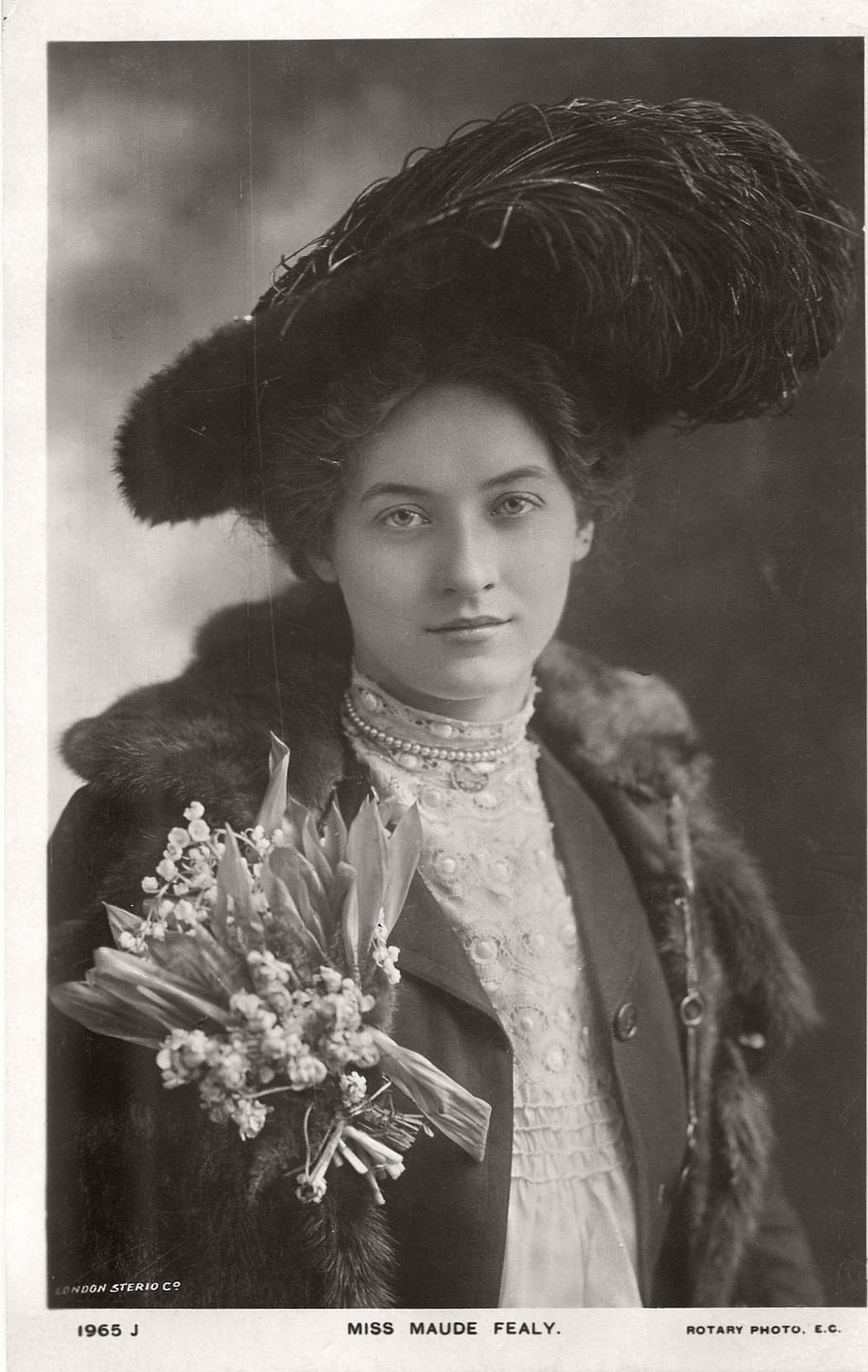 vintage-postcard-of-actress-miss-maude-fealy-1900s-early-xx-century-12