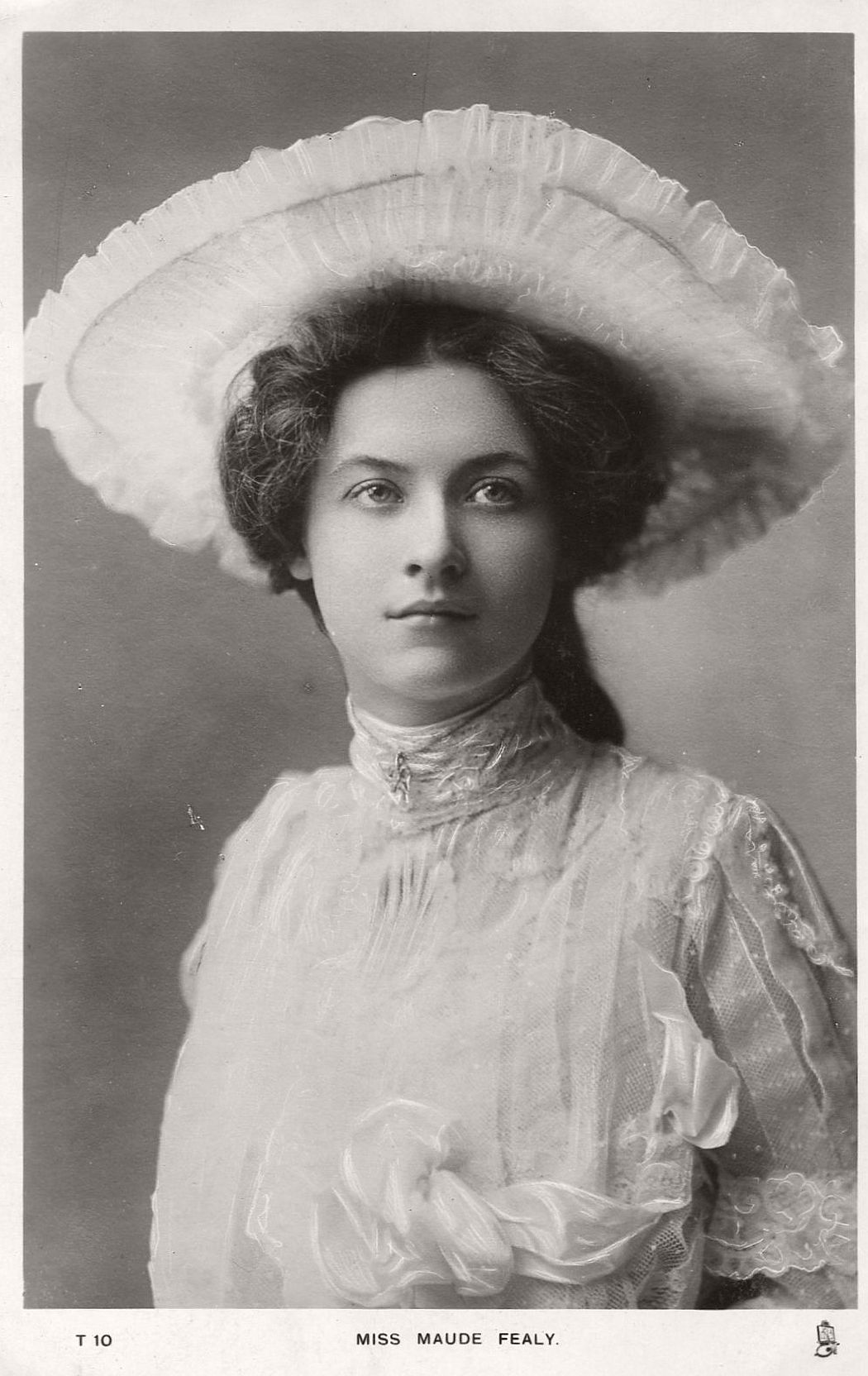 vintage-postcard-of-actress-miss-maude-fealy-1900s-early-xx-century-24