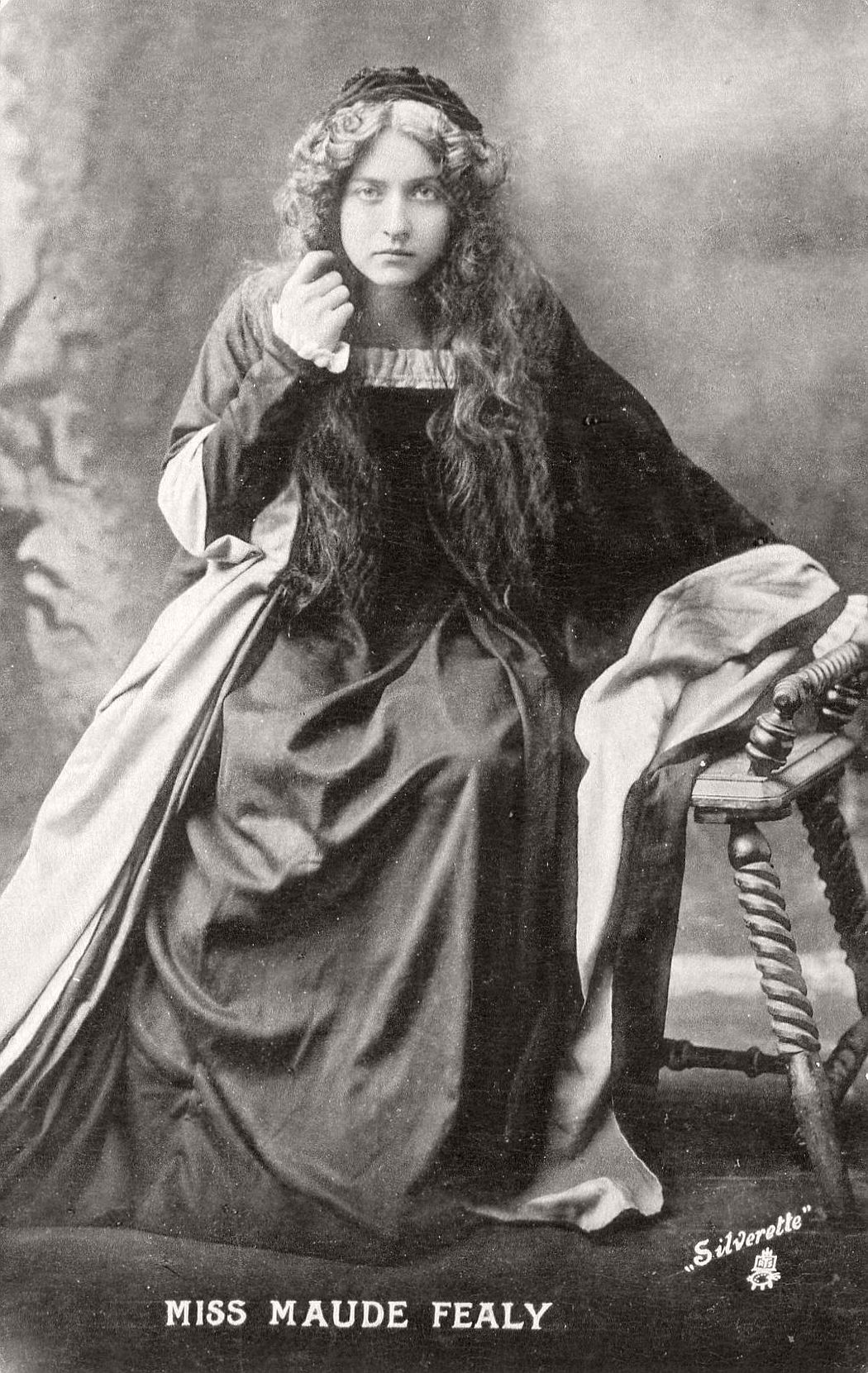 vintage-postcard-of-actress-miss-maude-fealy-1900s-early-xx-century-35