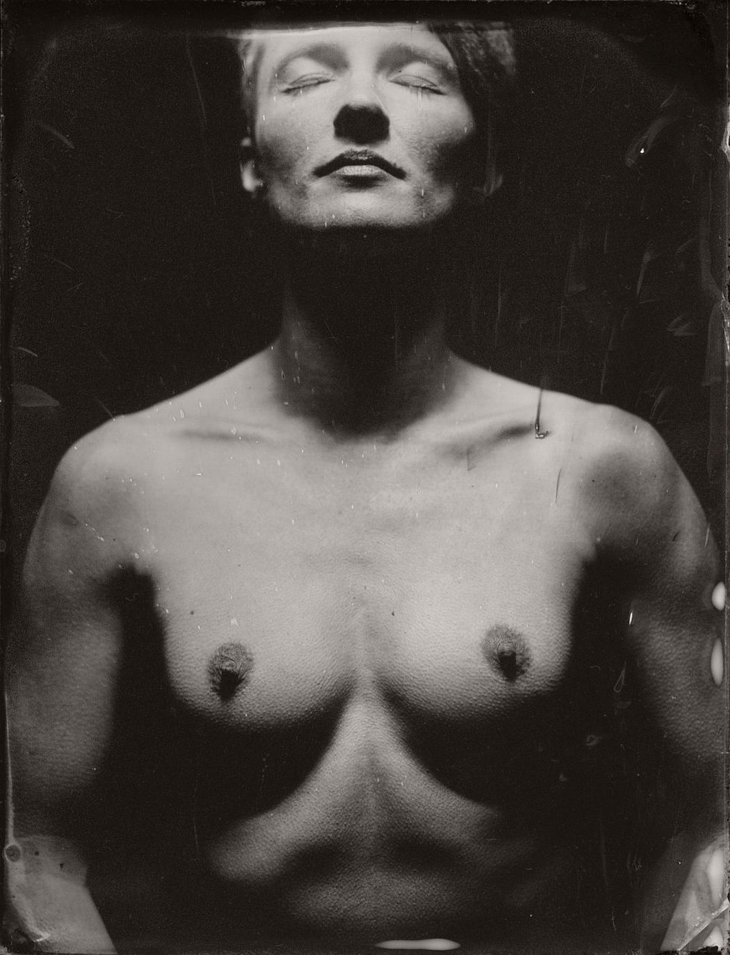 wet-plate-collodion-intimate-portraits-nudes-by-lunar-kostic-05
