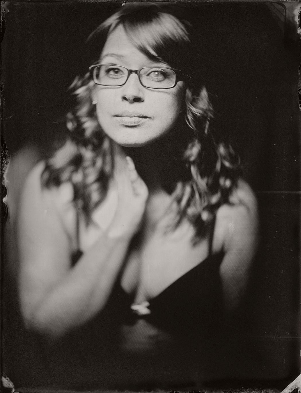 wet-plate-collodion-intimate-portraits-nudes-by-lunar-kostic-12