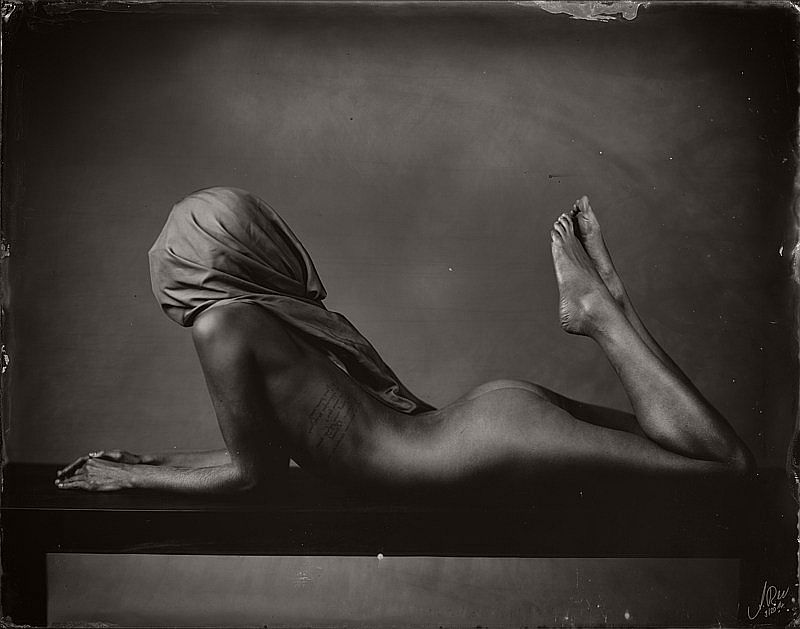 wet-plate-collodion-nudes-by-andreas-reh-10
