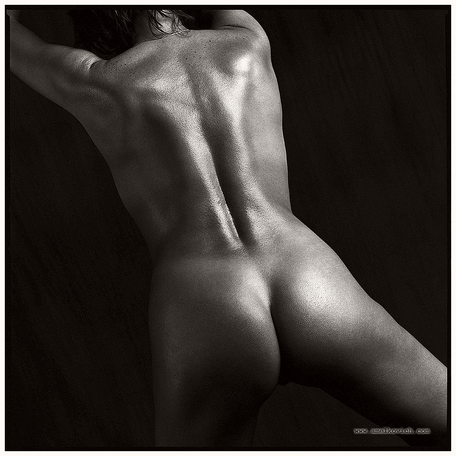 Black and White Close-Up Nudes by Igor Amelkovich