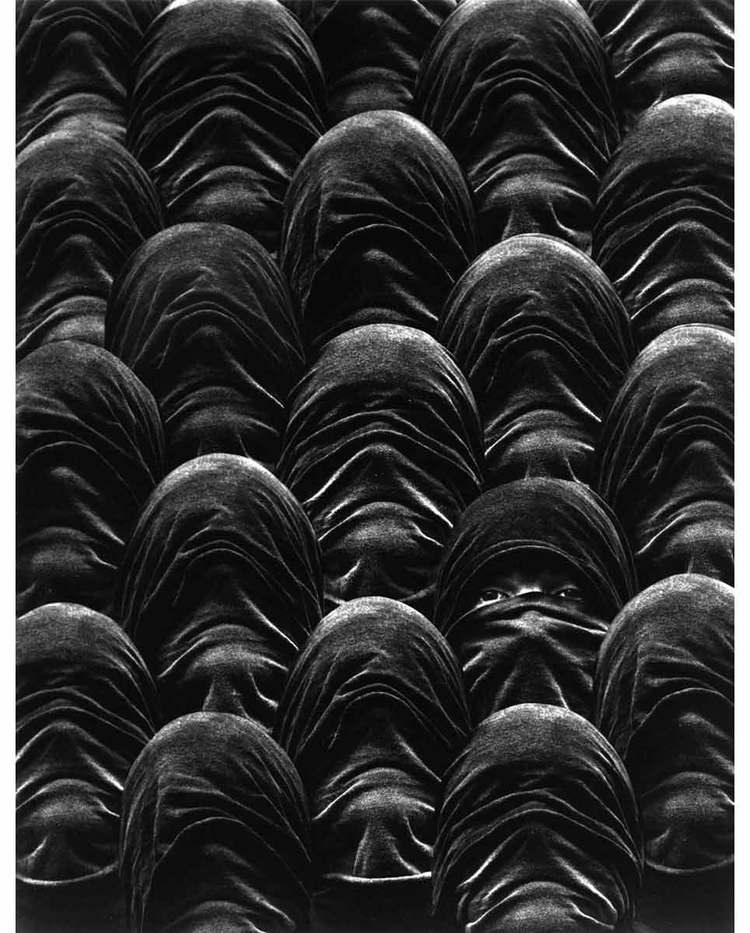 misha-gordin-crowd-and-shadows-of-the-dream-12