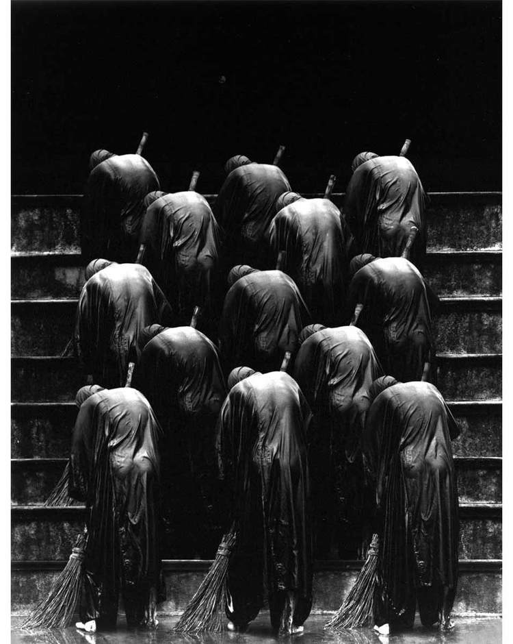 misha-gordin-crowd-and-shadows-of-the-dream-13