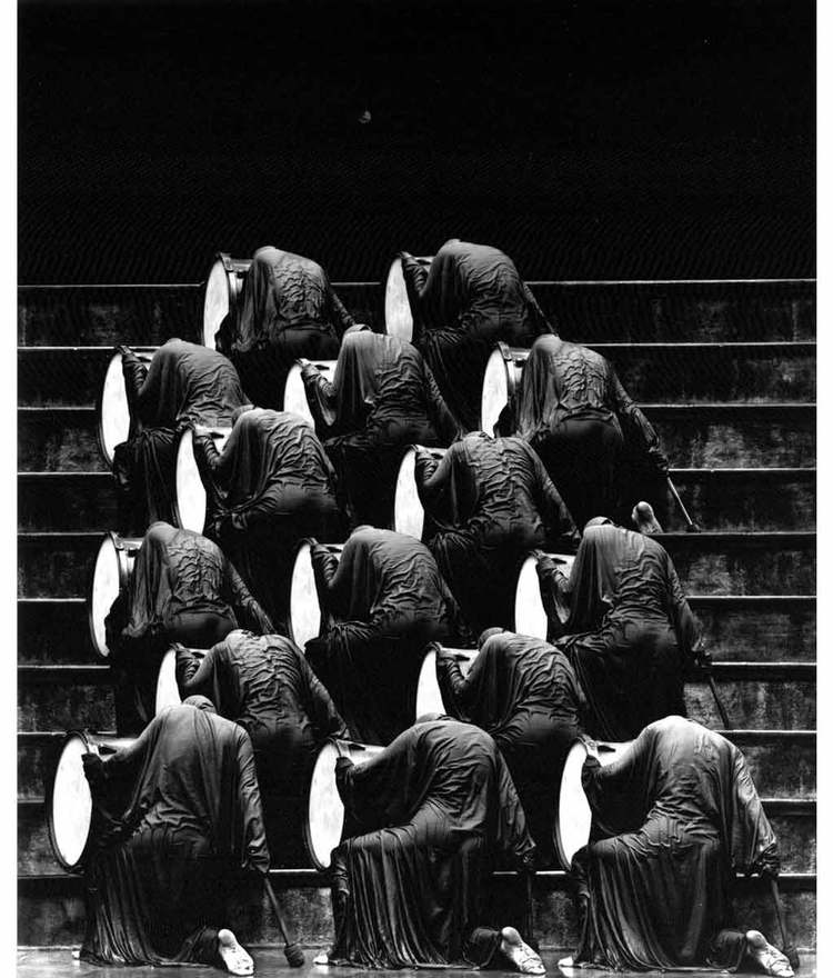 misha-gordin-crowd-and-shadows-of-the-dream-14