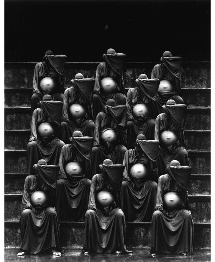 misha-gordin-crowd-and-shadows-of-the-dream-16