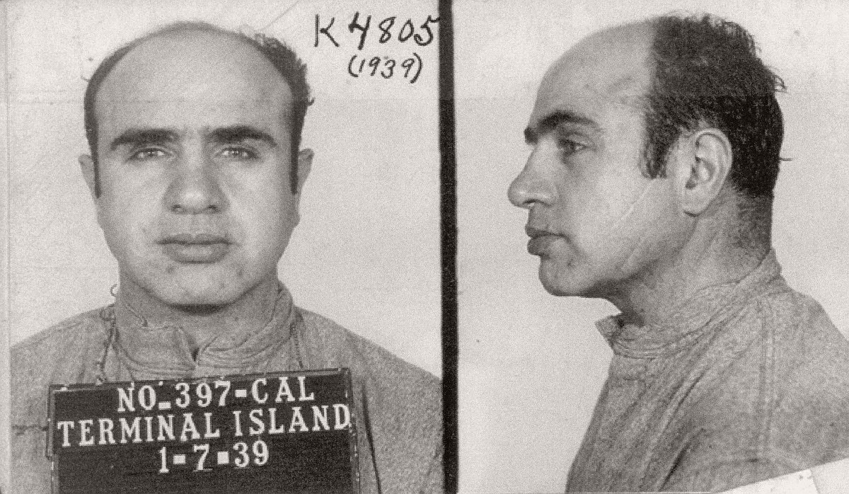 vintage-mug-shots-of-al-capone-in-1939