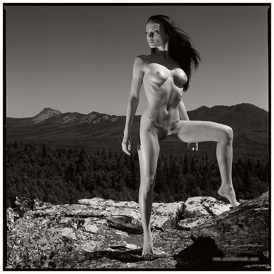 igor-amelkovich-women-in-nature-06