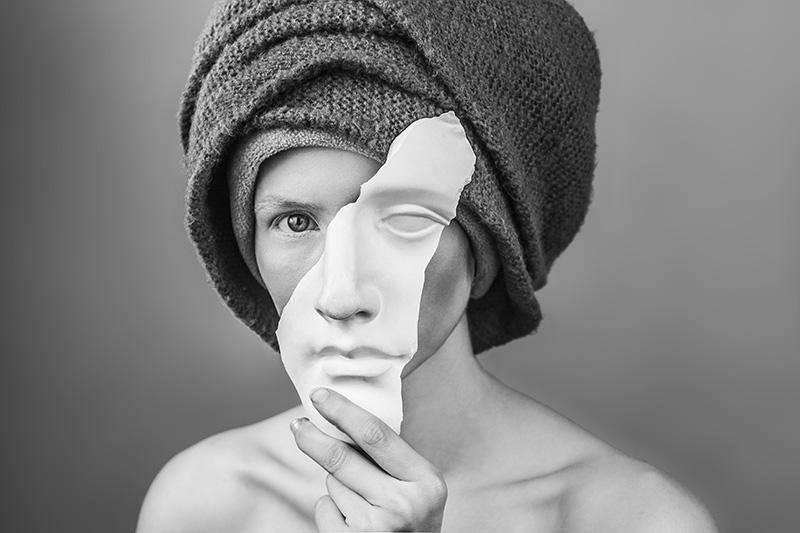 Imperfect Creature © Delia Basyrova – Honorable Mention in Portrait, Amateur